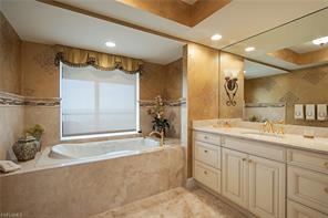 Naples Real Estate - MLS#217000254 Photo 10