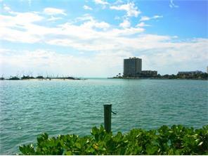 Naples Real Estate - MLS#217000654 Photo 14
