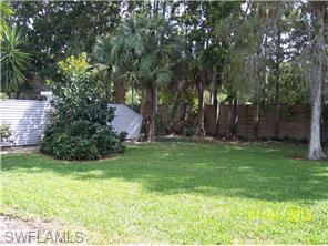 Naples Real Estate - MLS#215020455 Photo 12