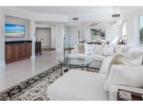 Naples Real Estate - MLS#216072255 Photo 4
