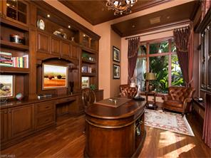 Naples Real Estate - MLS#216080455 Photo 17