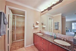Naples Real Estate - MLS#217005755 Photo 12