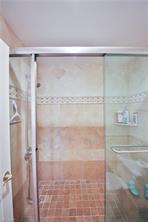 Naples Real Estate - MLS#217005755 Photo 13