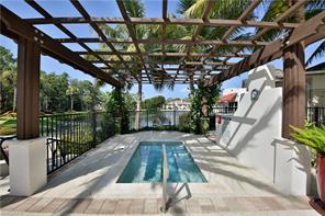Naples Real Estate - MLS#217005755 Photo 22
