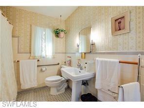 Naples Real Estate - MLS#217024155 Photo 13