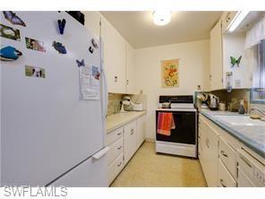 Naples Real Estate - MLS#217024155 Photo 17