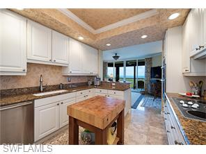 Naples Real Estate - MLS#216042456 Photo 8