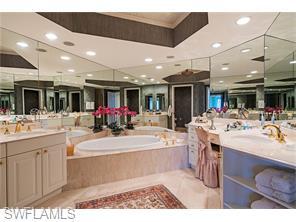 Naples Real Estate - MLS#216042456 Photo 16