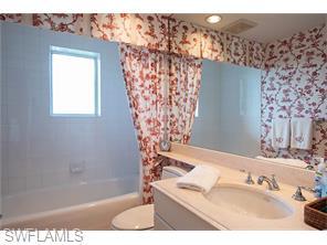 Naples Real Estate - MLS#216042456 Photo 20