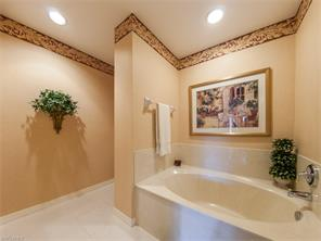 Naples Real Estate - MLS#217021556 Photo 5