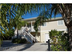 Naples Real Estate - MLS#214052957 Photo 2