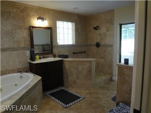 Naples Real Estate - MLS#214055857 Photo 6
