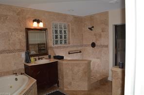 Naples Real Estate - MLS#214055857 Photo 8