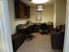 Naples Real Estate - MLS#214055857 Photo 23