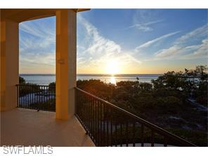 Naples Real Estate - MLS#216011657 Photo 17