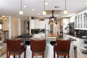 Naples Real Estate - MLS#216011657 Photo 6