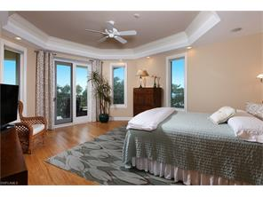 Naples Real Estate - MLS#216011657 Photo 11