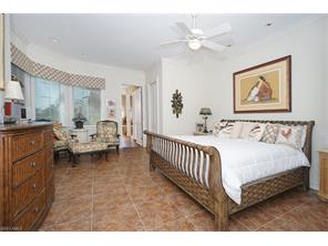Naples Real Estate - MLS#216069657 Photo 11