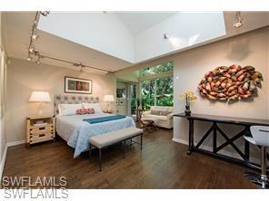 Naples Real Estate - MLS#215039358 Photo 14