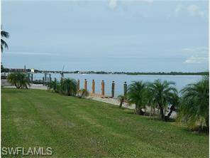 Naples Real Estate - MLS#216019258 Photo 2