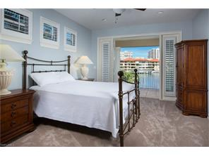 Naples Real Estate - MLS#216026258 Photo 23