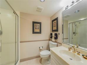 Naples Real Estate - MLS#216073059 Photo 14