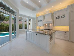 Naples Real Estate - MLS#216046860 Photo 5