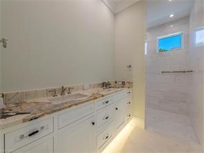 Naples Real Estate - MLS#216046860 Photo 11