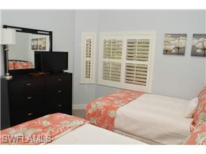 Naples Real Estate - MLS#215020561 Photo 16