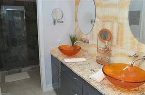 Naples Real Estate - MLS#215020561 Photo 10