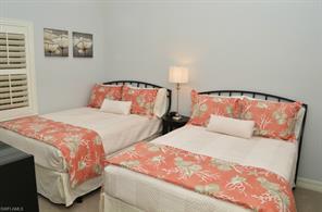 Naples Real Estate - MLS#215020561 Photo 11