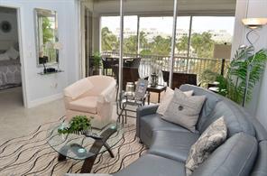 Naples Real Estate - MLS#215020561 Photo 18