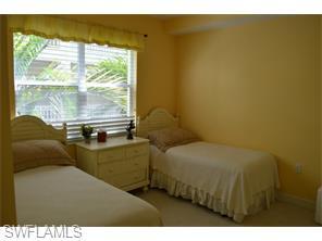 Naples Real Estate - MLS#215029561 Photo 9
