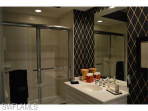 Naples Real Estate - MLS#215029561 Photo 10