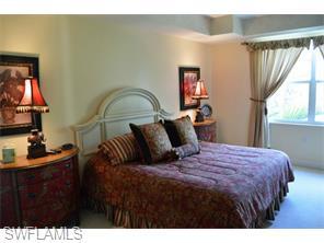 Naples Real Estate - MLS#215029561 Photo 11