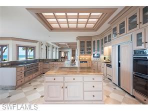 Naples Real Estate - MLS#215057561 Photo 9