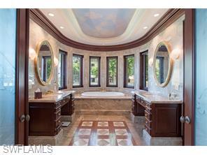 Naples Real Estate - MLS#215057561 Photo 11