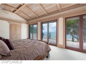 Naples Real Estate - MLS#215057561 Photo 13
