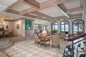 Naples Real Estate - MLS#215057561 Photo 4