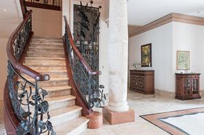 Naples Real Estate - MLS#215057561 Photo 8