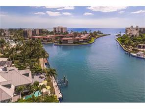 Naples Real Estate - MLS#216075761 Photo 18