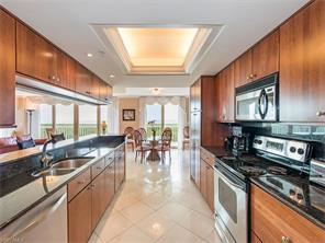 Naples Real Estate - MLS#217016261 Photo 8