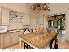 Naples Real Estate - MLS#215038563 Photo 7