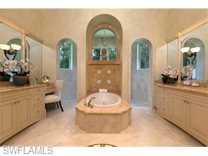 Naples Real Estate - MLS#215038563 Photo 12
