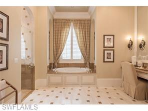 Naples Real Estate - MLS#216036963 Photo 12