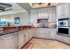 Naples Real Estate - MLS#216067063 Photo 13