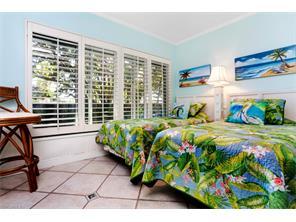Naples Real Estate - MLS#217004963 Photo 12