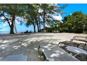 Naples Real Estate - MLS#217004963 Photo 13