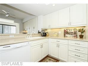 Naples Real Estate - MLS#215039564 Photo 6
