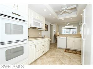 Naples Real Estate - MLS#215039564 Photo 8
